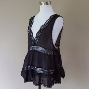 STEAMPUNK Camisole Black Lacy Sleeveless Medium